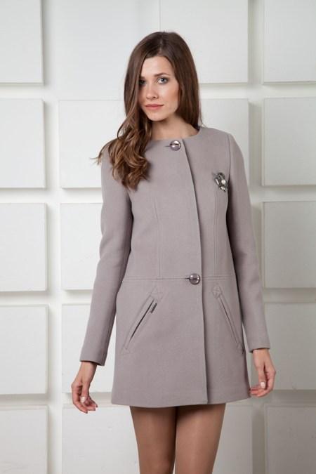 Продаю новое пальто цвета трюфель (темно коричневый) 42 размера.  Но подойдет на 44 скорее.  Длина 81 см, ОГ 92см.