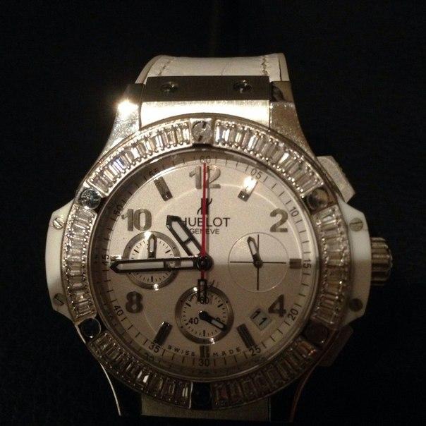 Часы hublot купить, цена 5 000 руб, продано 23