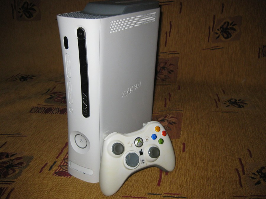 Xbox 360 elite (jasper) + resident evil 5 - прошит, доработан