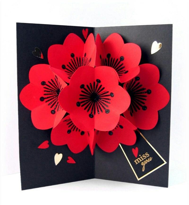 Объемные цветы в открытке из бумаги