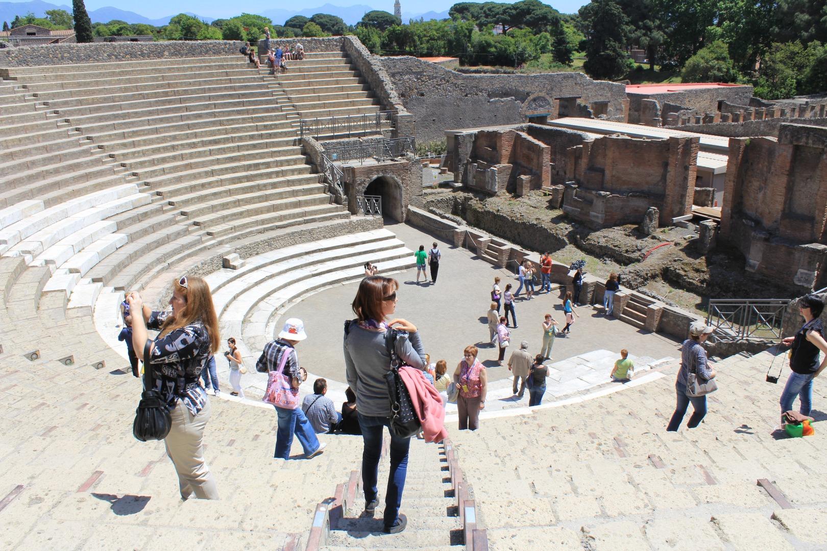 Амфитеатр в Помпеи