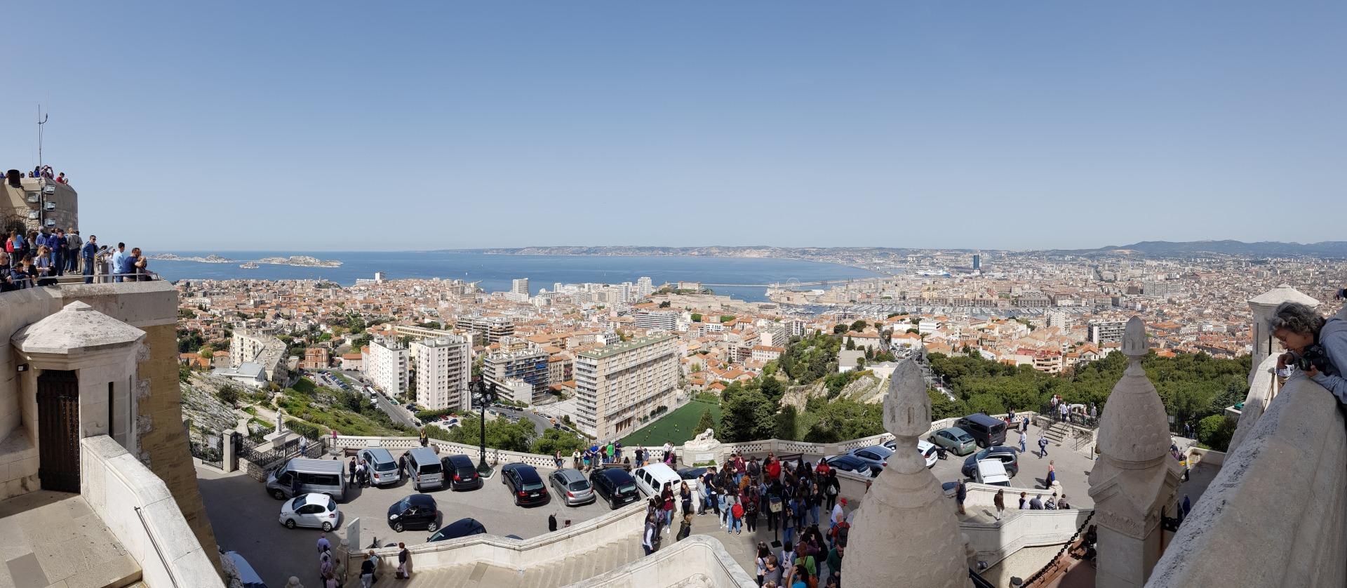 Вид на город с Нотр-Дам-де-ля-Гард
