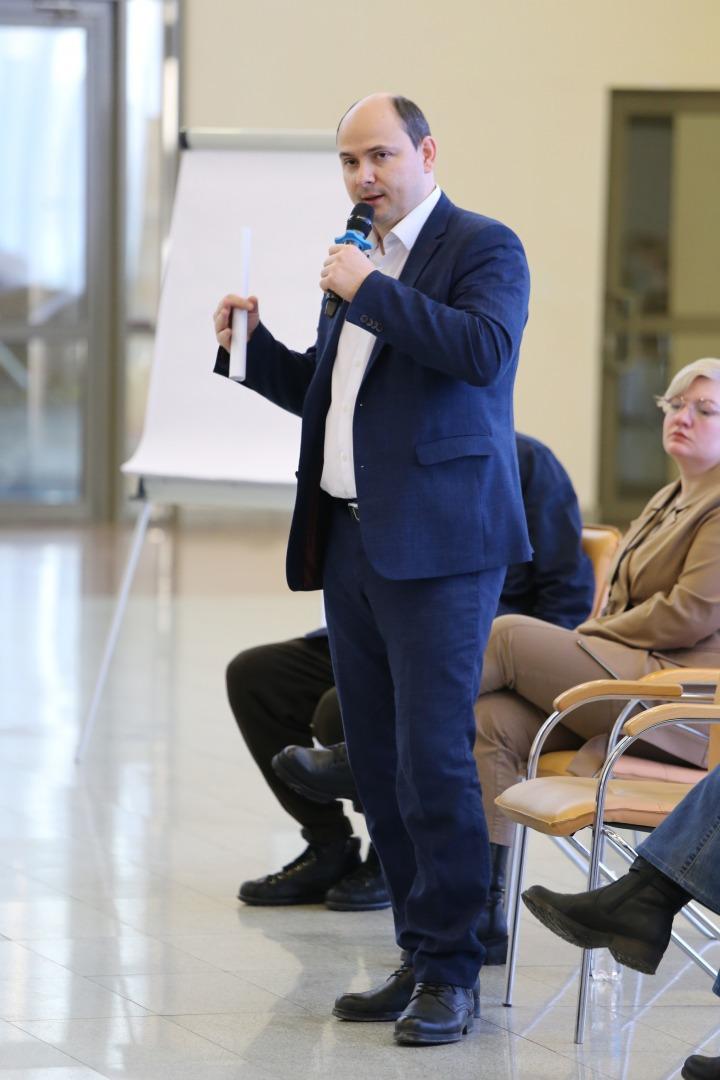 Иван Кучерявый