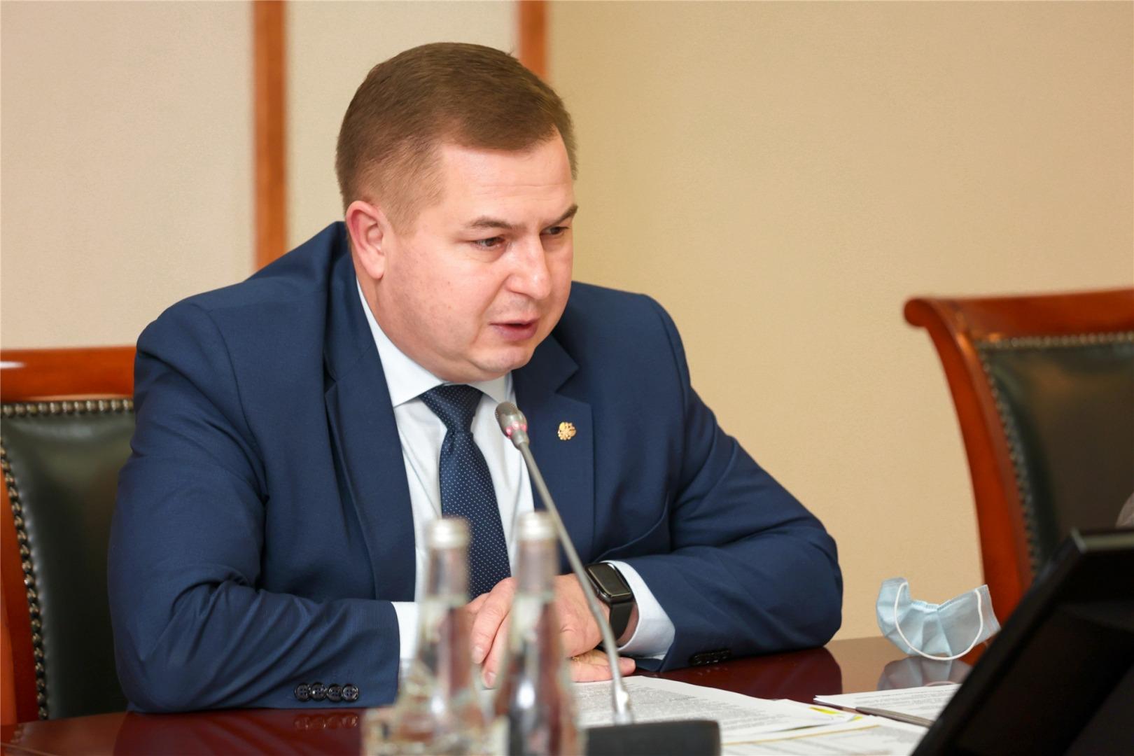 Пациентов в ковид-госпиталях стало меньше, но Минздрав предупредил о четвертой волне - Новости