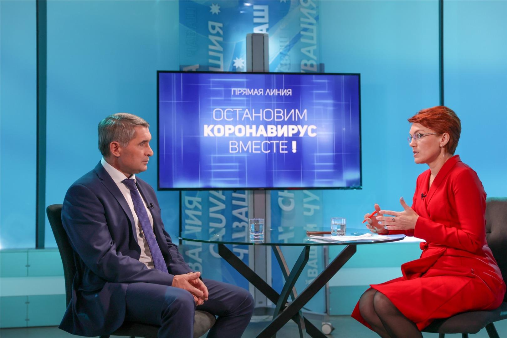 Николаев предложил непривитым от COVID-19 ограничить себя в общении с другими - Новости
