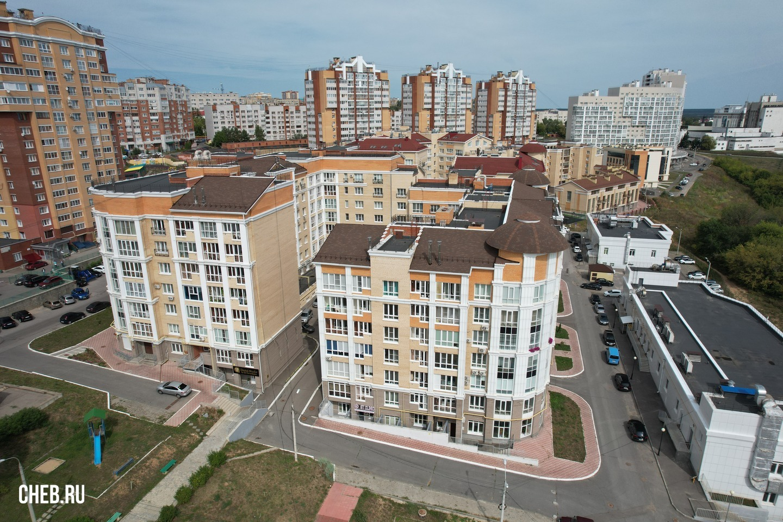 Дом по ул. Маркова, 14 - пример плотной невысокой застройки по-чебоксарски