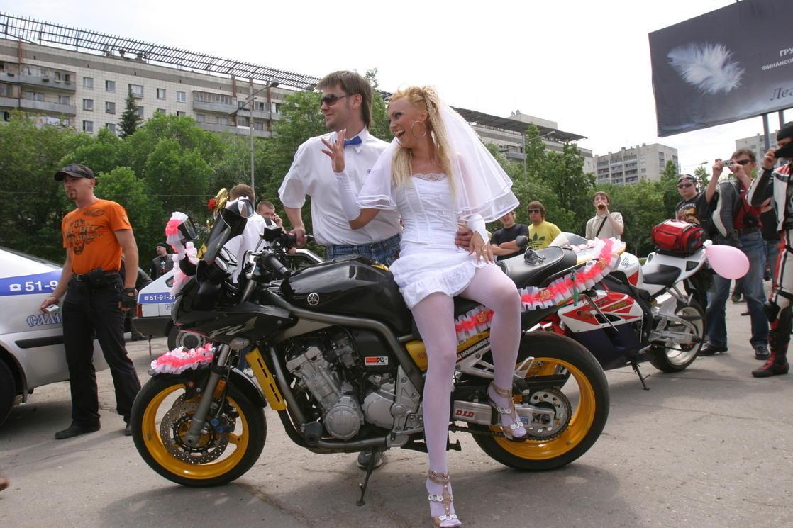 Случайные ню фото на свадьбах 24 фотография