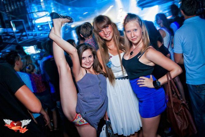 russkie-devki-v-klube