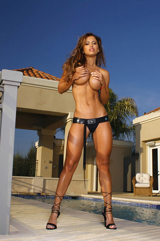 chicks-with-abs-topless-hairy-pussy-hall-of-fqme