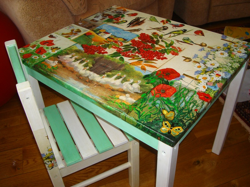 Декупаж стола с фото из салфеток