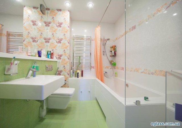 Стеклянные перегородки для ванной.