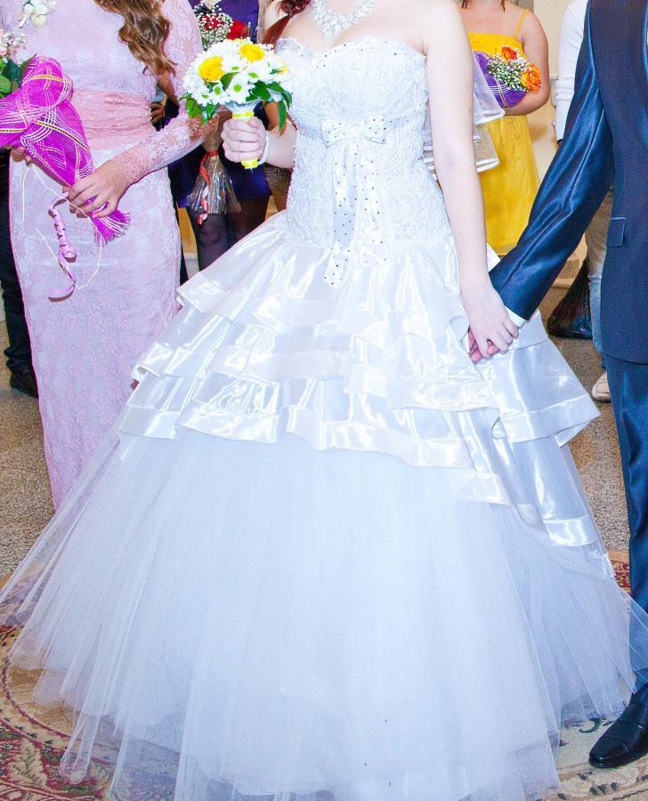 Saloon :: Свадебные платья 2011 фото и цены в