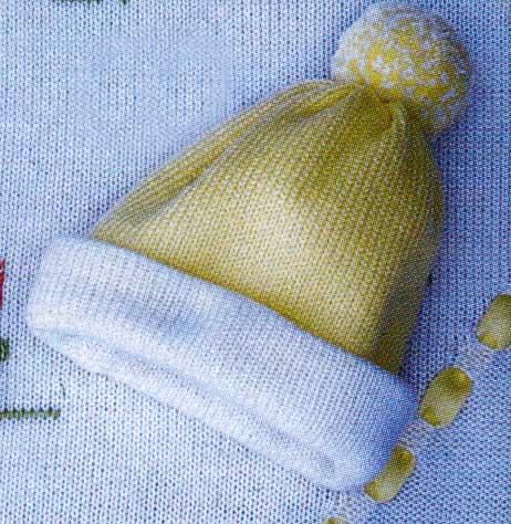вязание детской шапочки спицами видео.